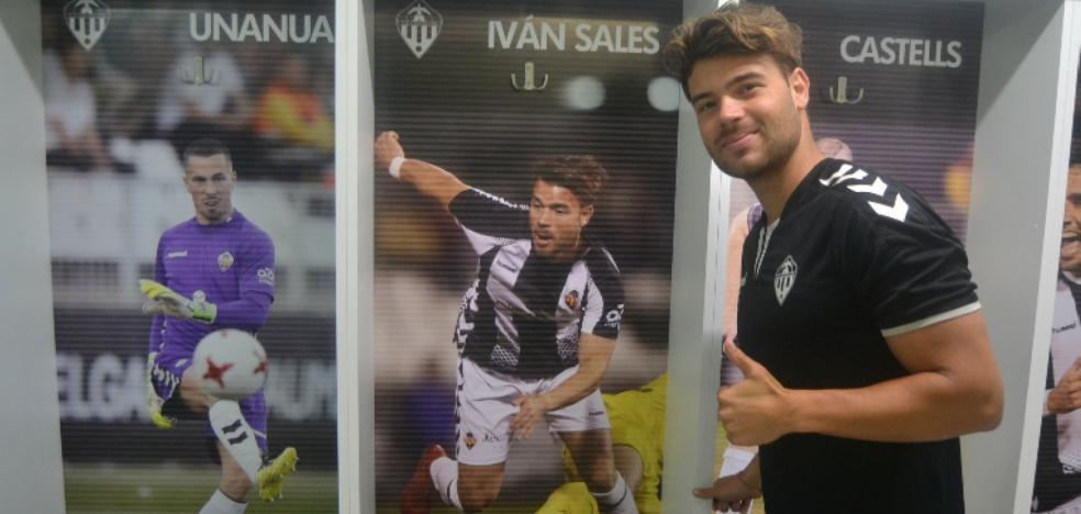 Iván Sales deja el Castellón para firmar en Linares