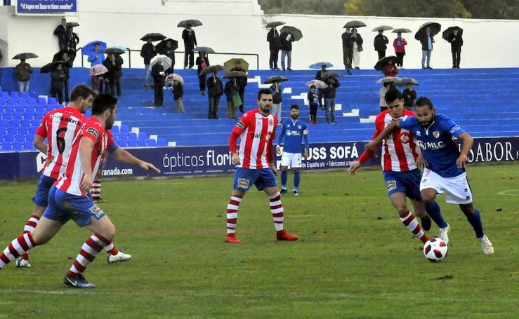 El Linares Deportivo-Torredonjimeno, en imágenes