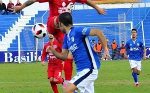 El Linares hace piña para salir del bache deportivo y mantener la segunda plaza