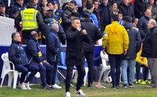 El Linares renueva una temporada más a Juan Arsenal como técnico