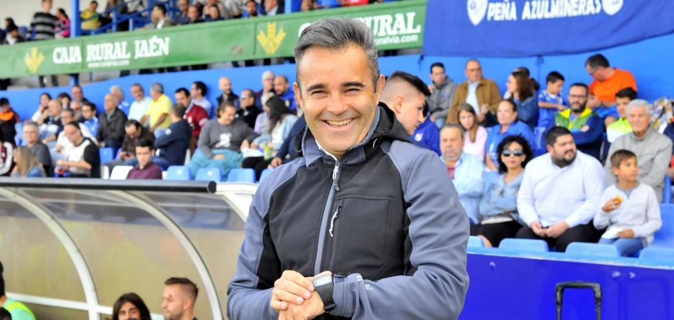 Juan Arsenal decide continuar en Linares