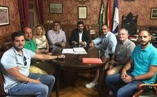 La Agrupación de Hermandades inicia una ronda de reuniones para mejorar la Semana Santa lojeña