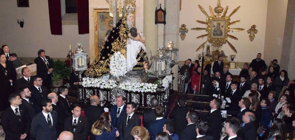 La Virgen de los Dolores se queda en su templo por primera vez en 19 años