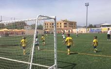 300 niños de toda la provincia participan en la IV Huétor Tájar Cup