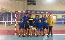 Más de 120 futbolistas del Poniente participan en las '12 horas de fútbol sala' de Huétor Tájar