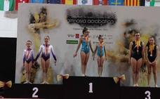 Las lojeñas Claudia Jáimez y Nadia Arenas, campeonas de España de Acrobática por parejas