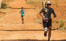 El belga Alderweireldt y la sudafricana Carey vencen la dureza de la 'Al Andalus Ultimate Trail'
