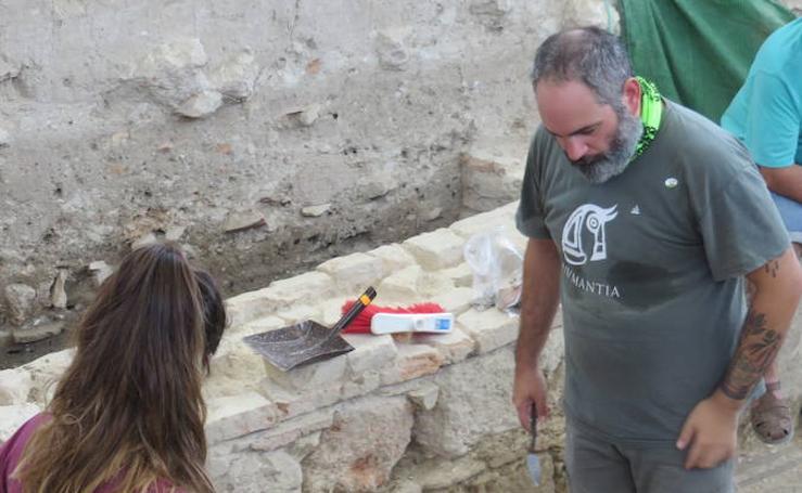 La tercera campaña arqueológica de la Villa Romana de Salar «marca un antes y un después»