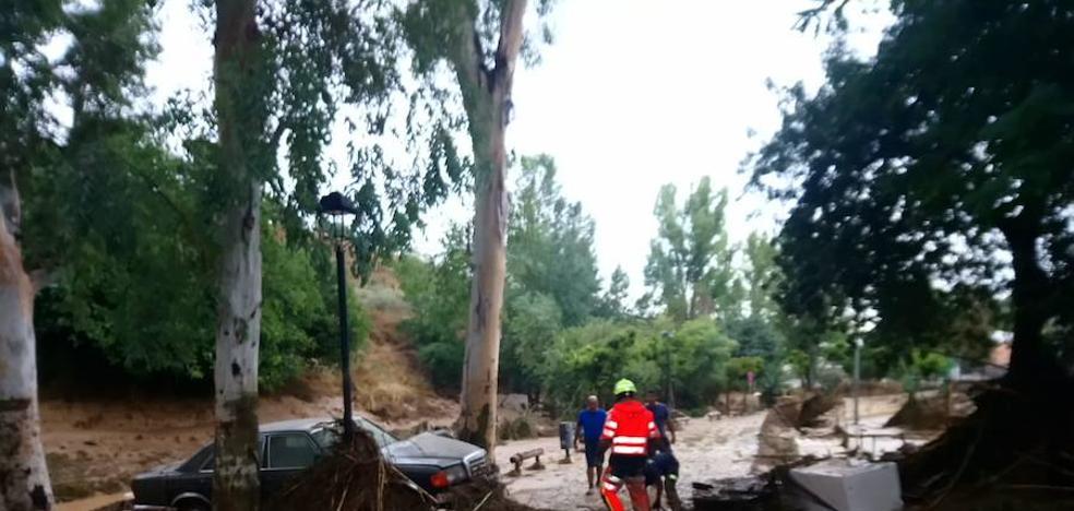 «Pelos de punta viendo cómo está Riofrío»: los granadinos comentan la riada en las redes