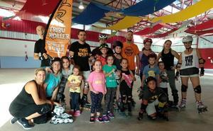 Huétor Tájar pone en marcha su primera escuela municipal de patinaje