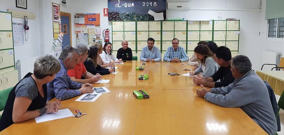 El Ayuntamiento lojeño mejorará los accesos a los centros educativos de la Alfaguara