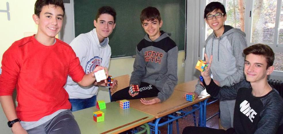 El cubo de Rubik regresa al recreo