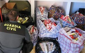 Sorprenden a una mujer con 6.200 cajetillas de tabaco de contrabando