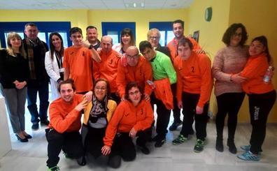 La residencia  Sierra de Loja  estrena equipo de fútbol sala 618691a060