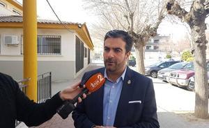 El alcalde lojeño buscará «consenso para evitar propaganda electoral en las calles de paso de la Semana Santa»
