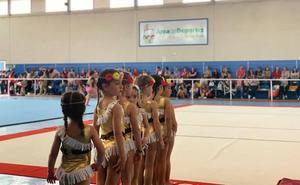 Más de 150 deportistas participan en una convivencia de gimnasia rítmica en Huétor Tájar