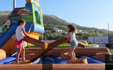 El 'salto' al deporte juvenil: sobre patines, hinchables, kayak o tirolina