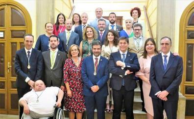 Joaquín Camacho inicia su tercer mandato con la mayoría más amplia vivida en Loja