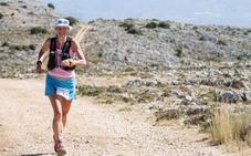 La británica Sarah Sawyer, primera mujer en ganar la dura 'Al Andalus Ultimate Trail'