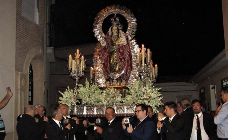 La Virgen de la Caridad vuelve al Barrio Alto