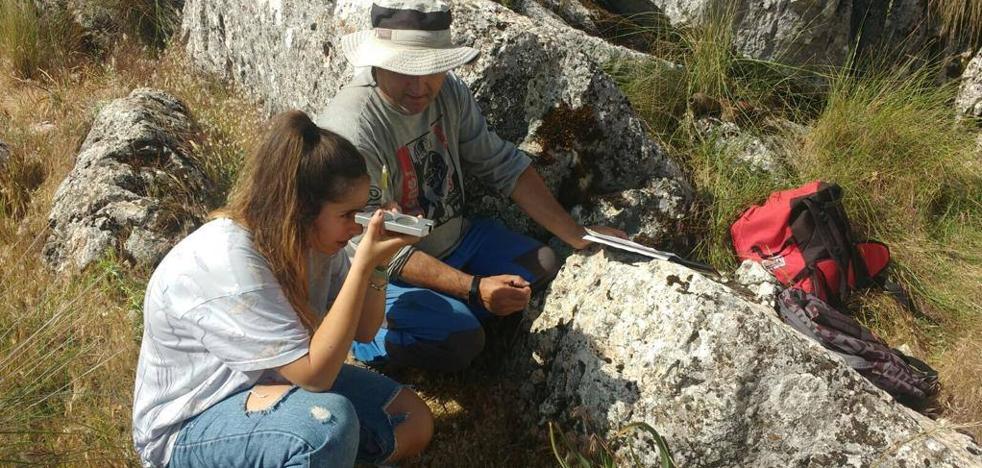 Un grupo de arqueólogos impulsa la recuperación y difusión de un campamento de 'maquis'