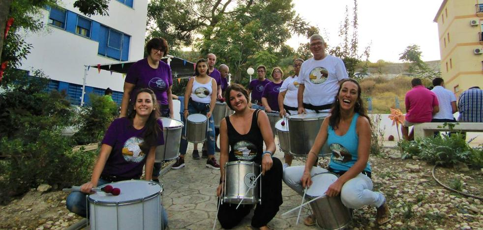 Cooperantes a ritmo de tambor