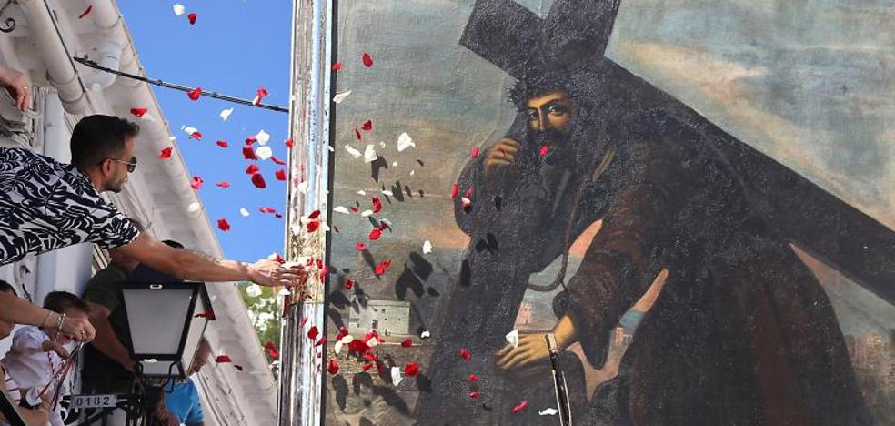 13.000 devotos arropan al Cristo del Paño en Moclín