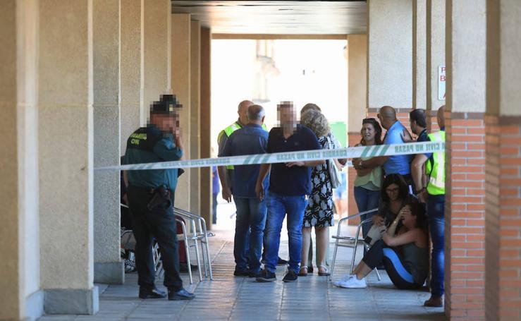 Dolor y lágrimas en Maracena tras el crimen machista