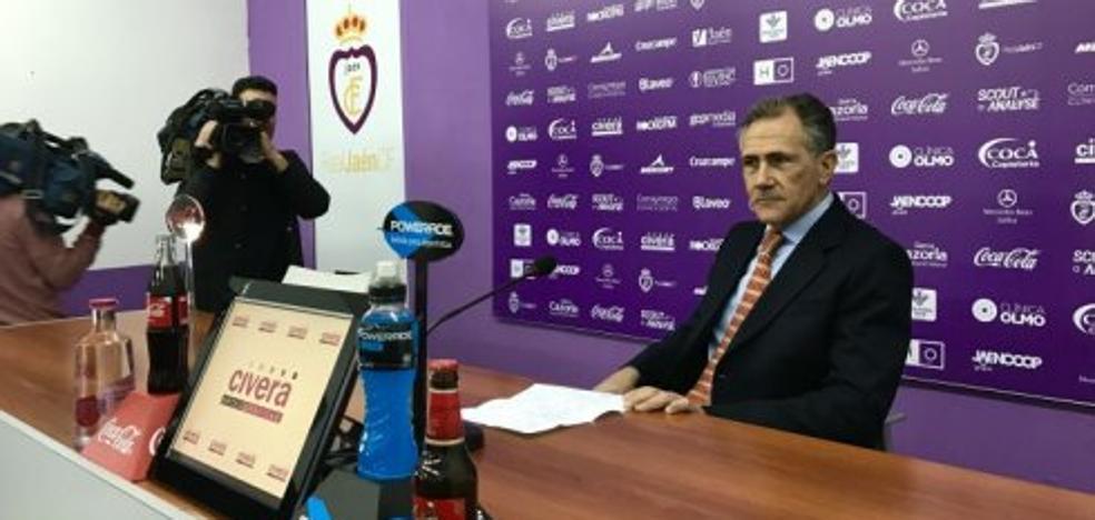 El Real Jaén paga a los jugadores y Membrado habla