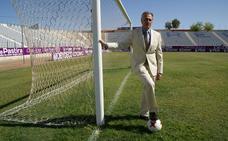 «Todos los recursos que genera el Real Jaén se están centrando en el primer equipo»