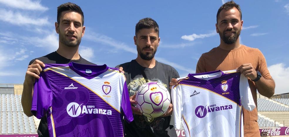 El Real Jaén presenta su 'armadura' para el reto