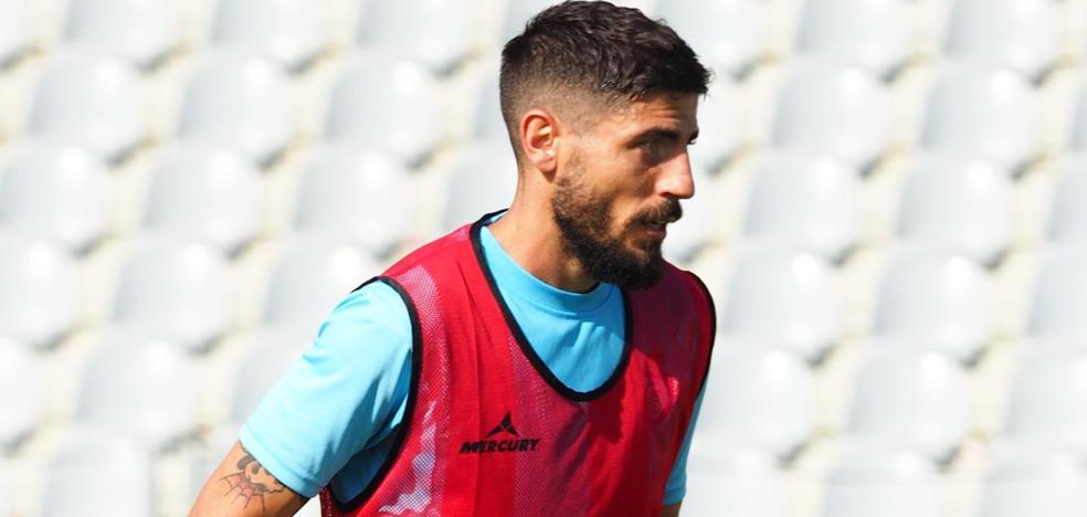 Juanma Espinosa: «Regreso al Real Jaén para morir por el ascenso a Segunda División B»