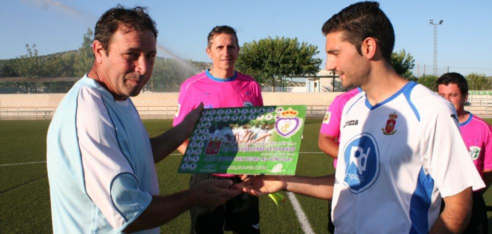 Los veteranos del Real Jaén se imponen en Escañuela (2-3)