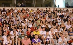 El Real Jaén recibe múltiples muestras de cariño en el día de su 96 cumpleaños