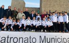 El Real Jaén presenta en el Castillo de Santa Catalina a sus jóvenes aprendices de peloteros con clase