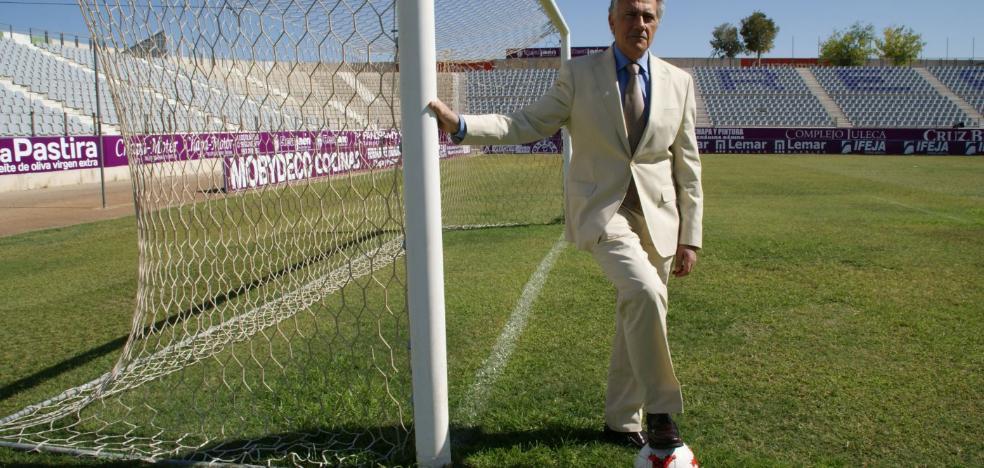 Tomás Membrado 'ficha' para el Real Jaén a Miguel Segovia, exconcejal del PP