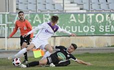 El Real Jaén gana con un magnífico 5-0 al River Melilla