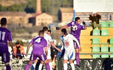 Fran Hernández ilumina al Real Jaén ante un rocoso Guadix