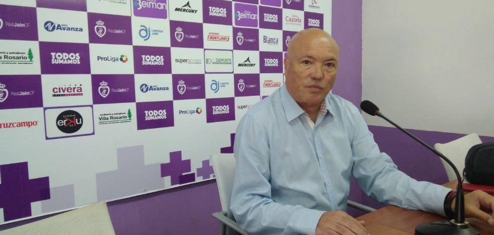 El Real Jaén gana el primer asalto de la demanda de Andrés García Tébar