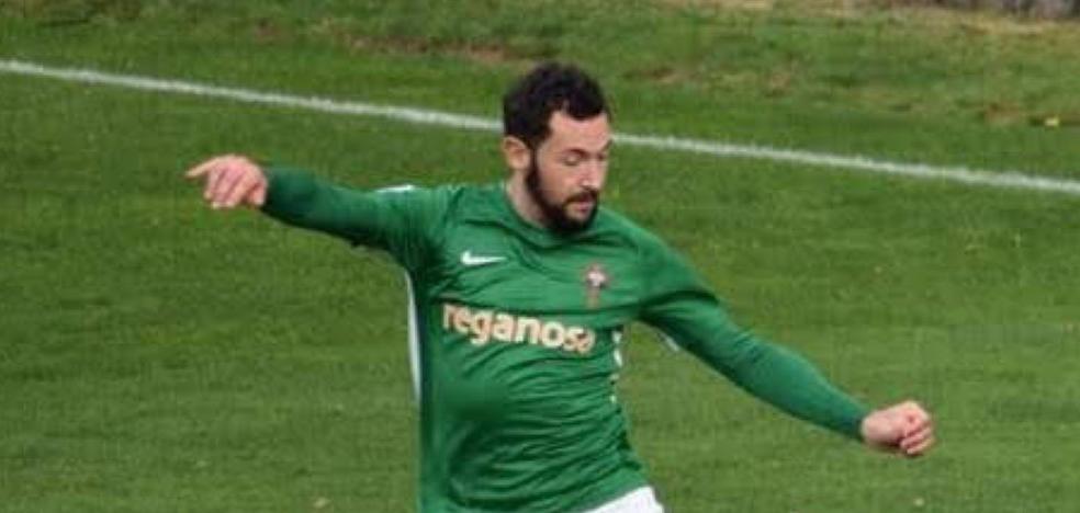 Villarejo, un jienense destilando buen fútbol en Ferrol