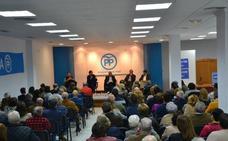 Rafael Hernando defiende la prisión permanente revisable en la reunión mensual del PP de Roquetas