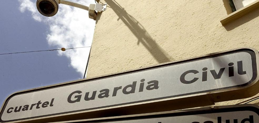 Investigan la muerte violenta de una mujer hallada en su vivienda de Roquetas de Mar