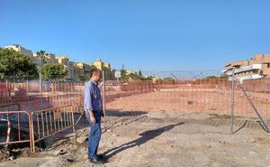 IU denuncia nuevos retrasos y problemas en las obras de pluviales de Playa Serena