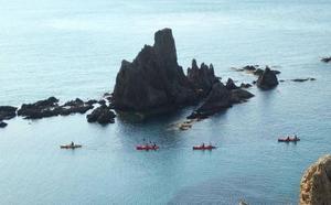 Kayak y snorkel en Cabo de Gata para el 8 de julio