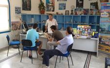 El Ayuntamiento reforzará la atención en las oficinas de turismo con una empresa
