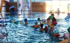 Cursillos intensivos de natación en el mes de julio en el CDU de El Parador
