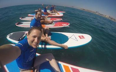 Curso de paddle surf este domingo en la Urbanización de Playa Serena