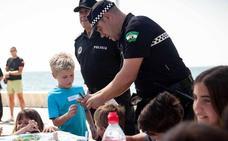 El área de Movilidad traslada sus consejos y formación en seguridad vial a las playas