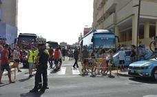 Fiesta ciclista en la Urbanización de Roquetas