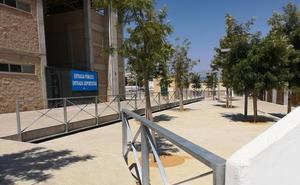 El Ayuntamiento elimina por fin las vallas de obra del Parque de Los Bajos
